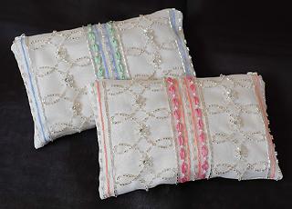 オートクチュール刺繍制作例 リュネヴィル刺繍のポーチ