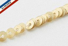 【糸通しスパンコール】3mm平 マットペールゴールド【1000枚】